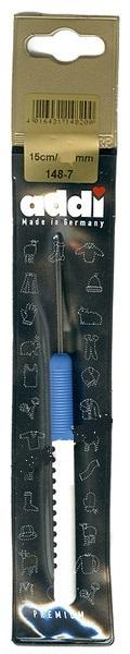 148-7/4.5-15 Addi Крючок вязальный с пластиковой ручкой, №4.5, 15 см.